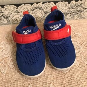 Toddlers speedo water shoes